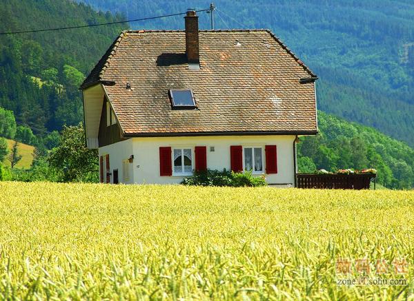 造型奇特的村屋